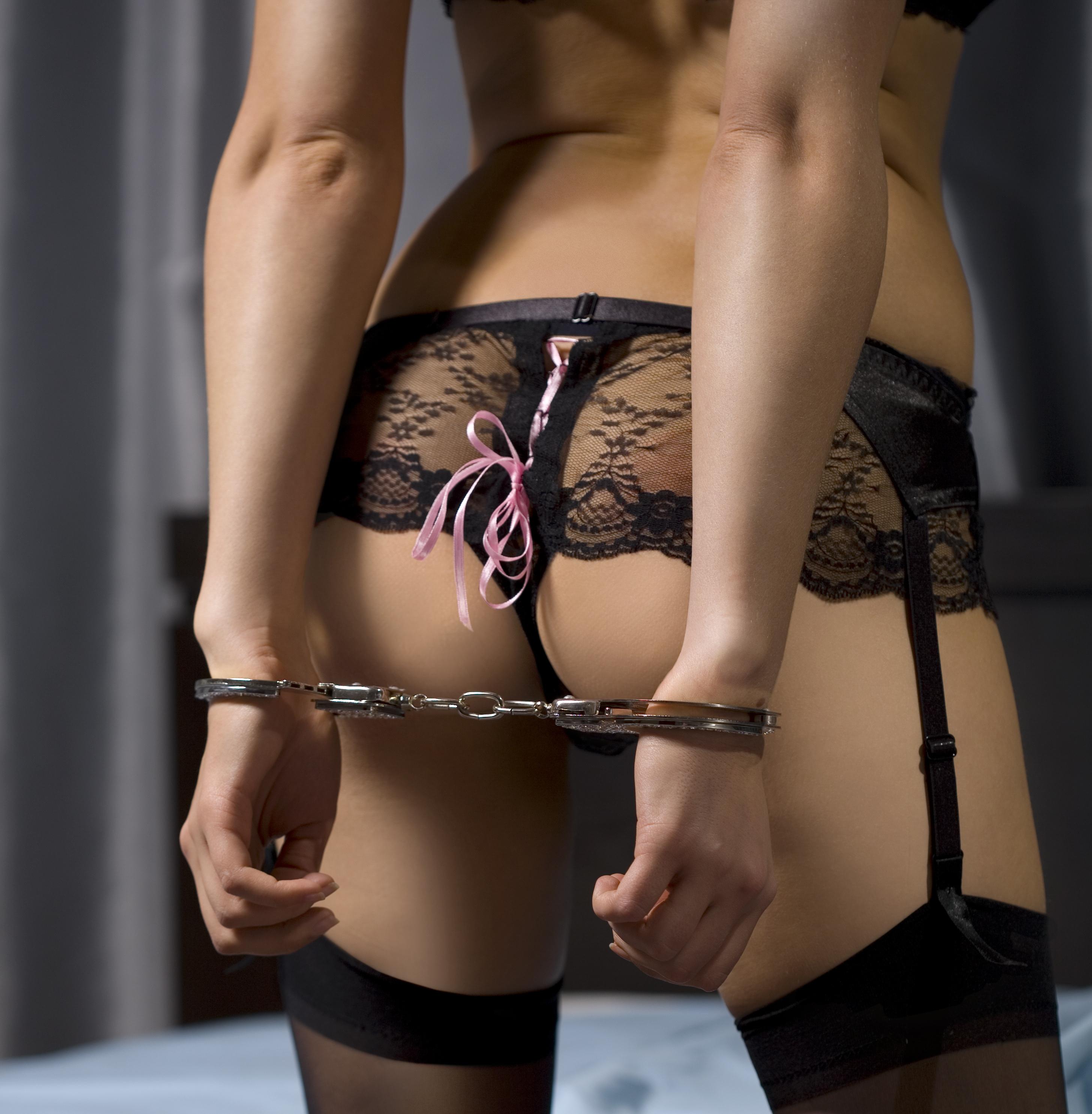 Подарок девушке эротический